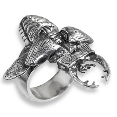 Anello in Argento con Scarabeo