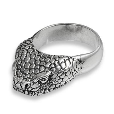 Anello in Argento con Serpente