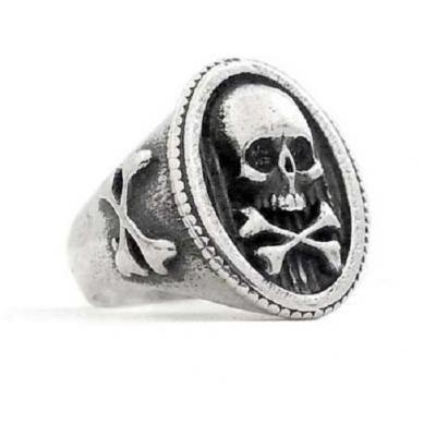 Anello in Argento con Teschio e Tibie Old School El rana