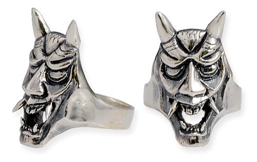 anello con maschera giapponese hannya teeth